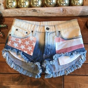CARMAR Jean Shorts, USA Design, Size 24